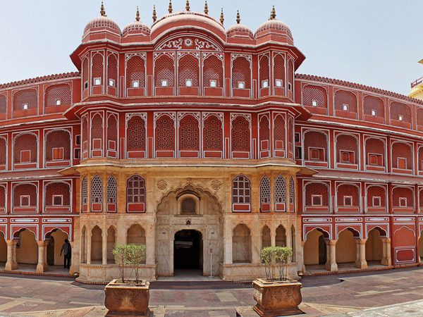 Why Jaipur is known as the Paris of India